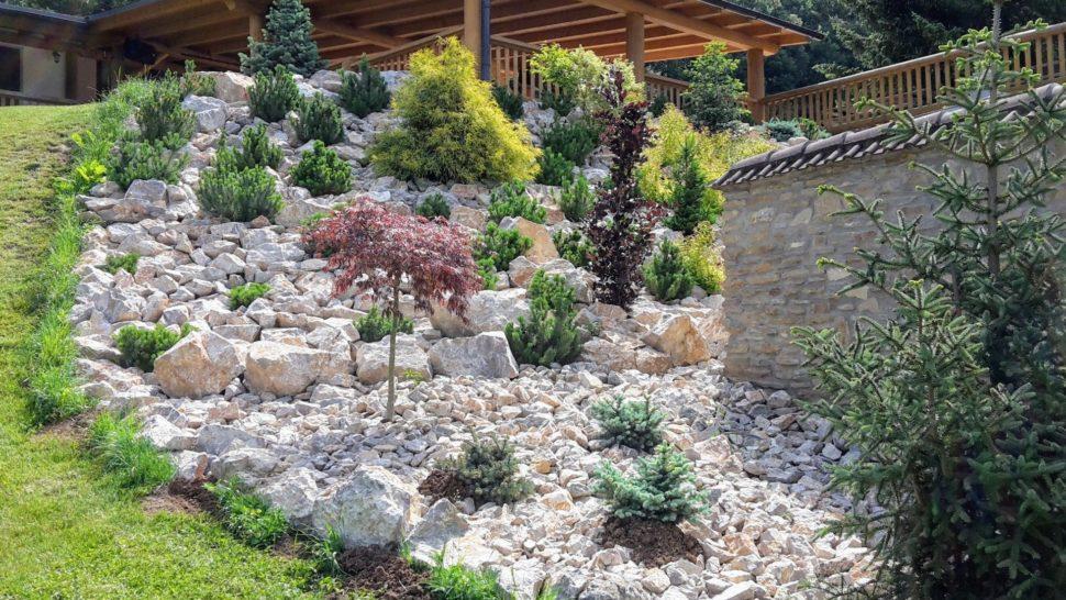 Záhrada Trenčianske Teplice svah